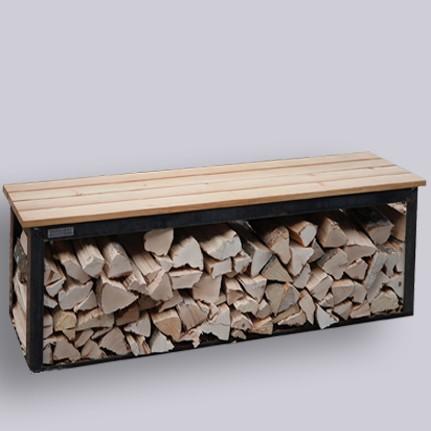 Bänkli mit Holzlager